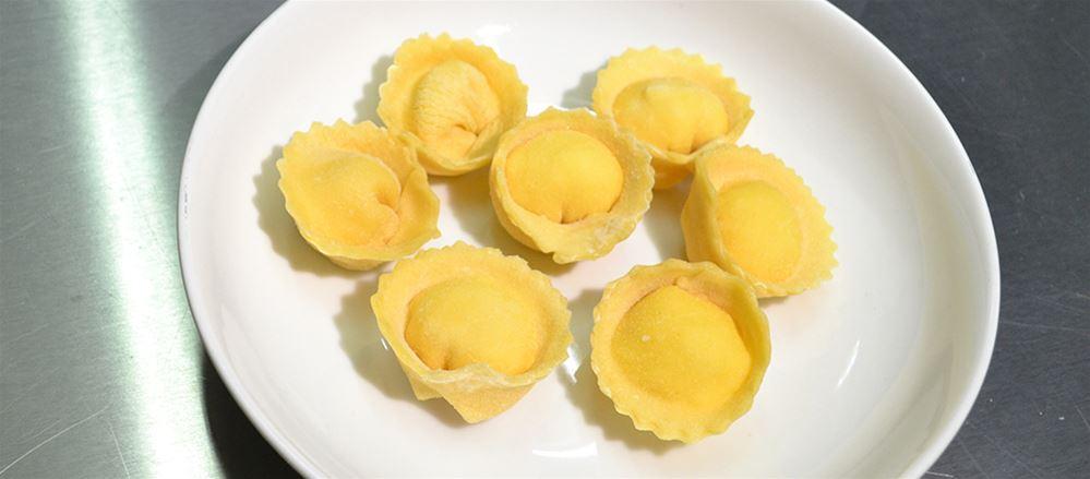 Tortelli pomodoro e mozzarella